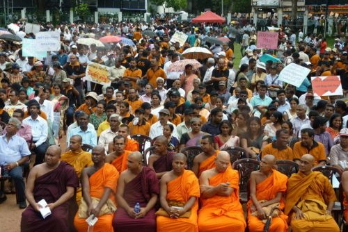 thepeoplesrecord:  Thousands gathered in Sri Lanka on Aug. 24 to demand free education and an improvement in public universities. Teachers unions, parent associations, student groups & public sector unions marched in the protest that called for at least 6 percent of the GDP to be allocated to education.  The Federation of University Teachers' Association organized a strike on July 4 demanding better salaries & education reform.