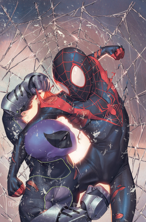 noahbodie:  Cover to Ultimate Comics: Spider-Man vol. 2 #12 by Jorge Molina