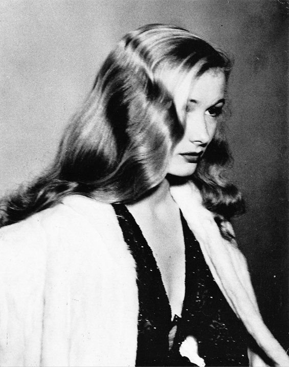 honey-rider:  Veronica Lake photo by Weegee