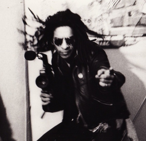 pinkie-brown:  Don Letts taking a shot.