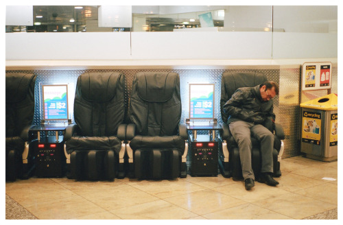 #661: Dying in the airport.