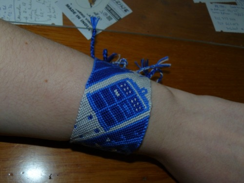 whocrafts:  Tardis friendship bracelet I've made about year ago. (submitted by ilwinsgarden)