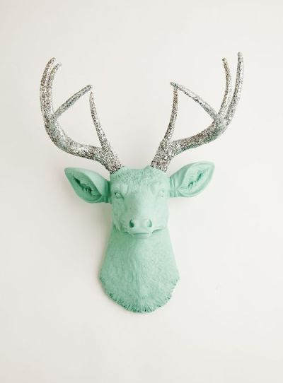 This is an awesome animal-friendly & contemporary take on taxidermy as decor.  [If they had this in turquoise, my wallet would be in trouble!] Order yours at White Faux Taxidermy today!