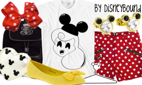 disneybound:  Buy this cute tee here!