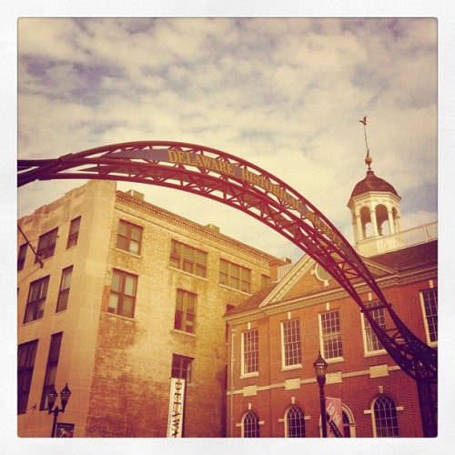 Hi. I'm in Delaware (Taken with Instagram at Willingtown Square)