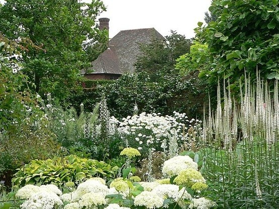 beautyandthemuse:  Sissinghurst, Kent, England The White Garden