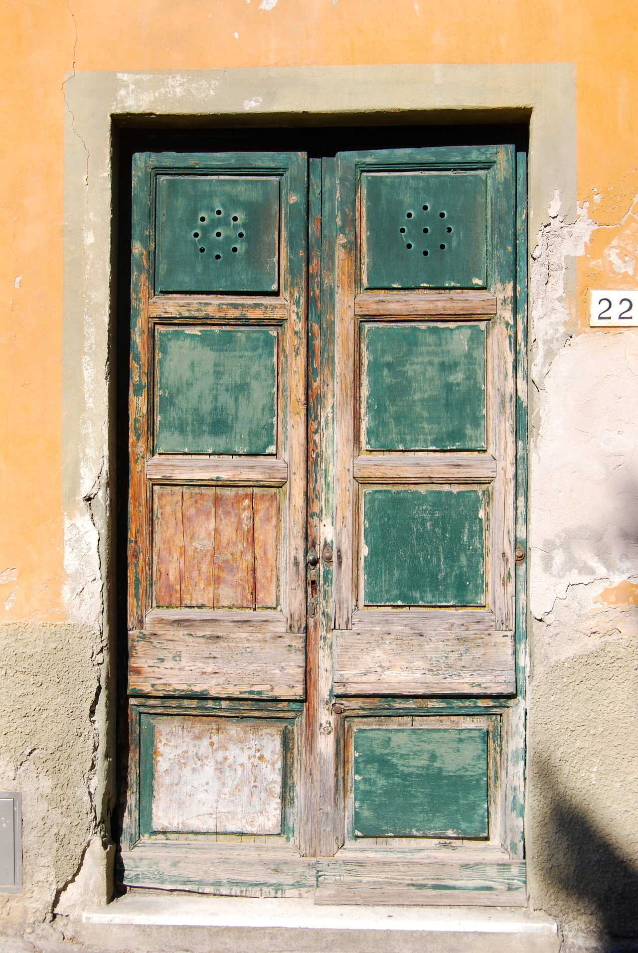 The green door.  A trip to Tuscany, Pisa, August 2012 (DSLR).