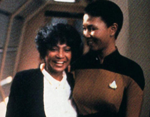 odditycollector:  [image: Mae Jemison and Nichelle Nichols hanging out on a Star Trek set.] spockanduhura:  Oh, that's just the first black woman in space meeting the first black woman in space.