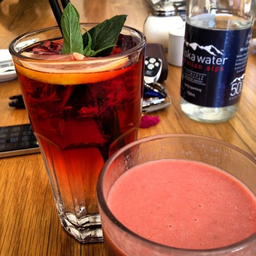 Rose hip punch for MsX & Sunrise for me @ bills  (Taken with Instagram)