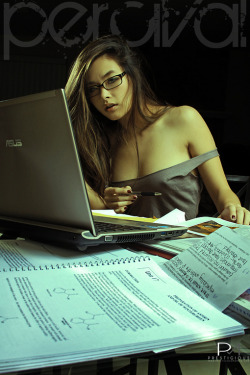 asianhoneys:  Molly Truong  i need a study partner like this. pronto