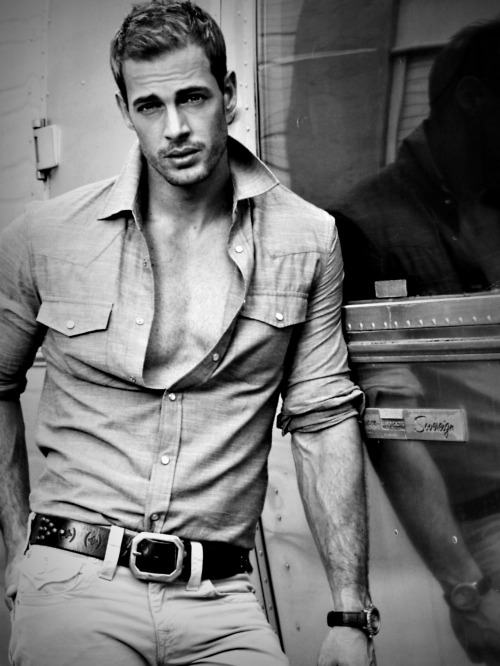 greatestguys:  william.levy