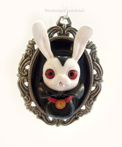 gothiccharmschool:  Oh. Oh dear. This is ADORABLE. Sculpted Bunnicula necklace!  retro-rock-chic:  Cute, but he may bite :-)