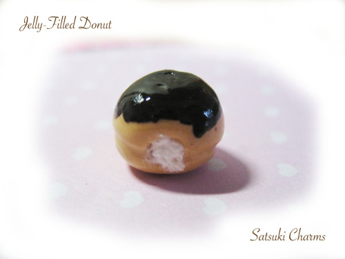 Cute donut! I hope you guys like it! :)