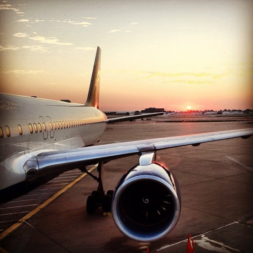 Deja vú (Taken with Instagram at Lambert-St. Louis International Airport (STL))