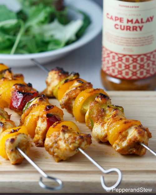 Cape Malay Curry Chicken Kebabs Recipe: http://www.pepperandstew.co.uk/2012/08/25/cape-malay-curry-chicken-kebabs/