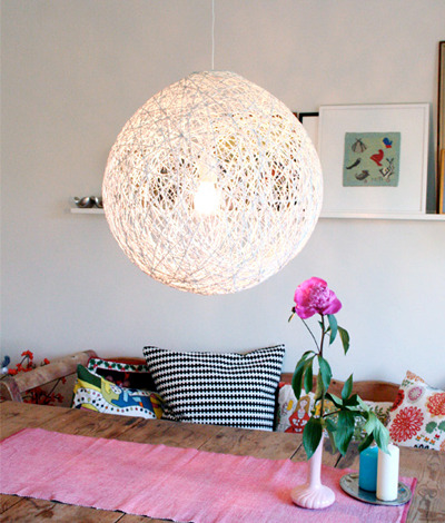 Weekend Project: Whirled Yarn Lampshade | The Frisky