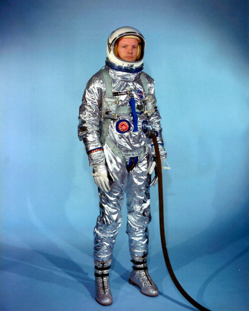 fuckyeahspaceexploration:  One giant loss for mankind. Rest in peace, Neil Armstrong (1930-2012)