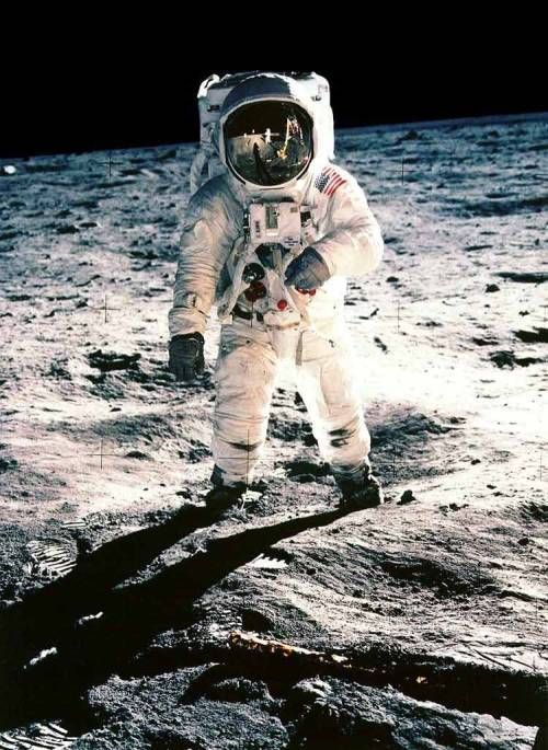 "blinkanditsover:  US astronaut Neil Armstrong, the first man on the Moon, has died at the age of 82. He set foot on the Moon on 20 July 1969, famously describing the event as ""one small step for [a] man, one giant leap for mankind"". He was the commander of the Apollo 11 spacecraft. He and fellow astronaut Edwin ""Buzz"" Aldrin spent nearly three hours walking on the moon."