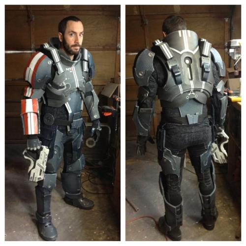 Holy ~ Someone made some defender armour! :D