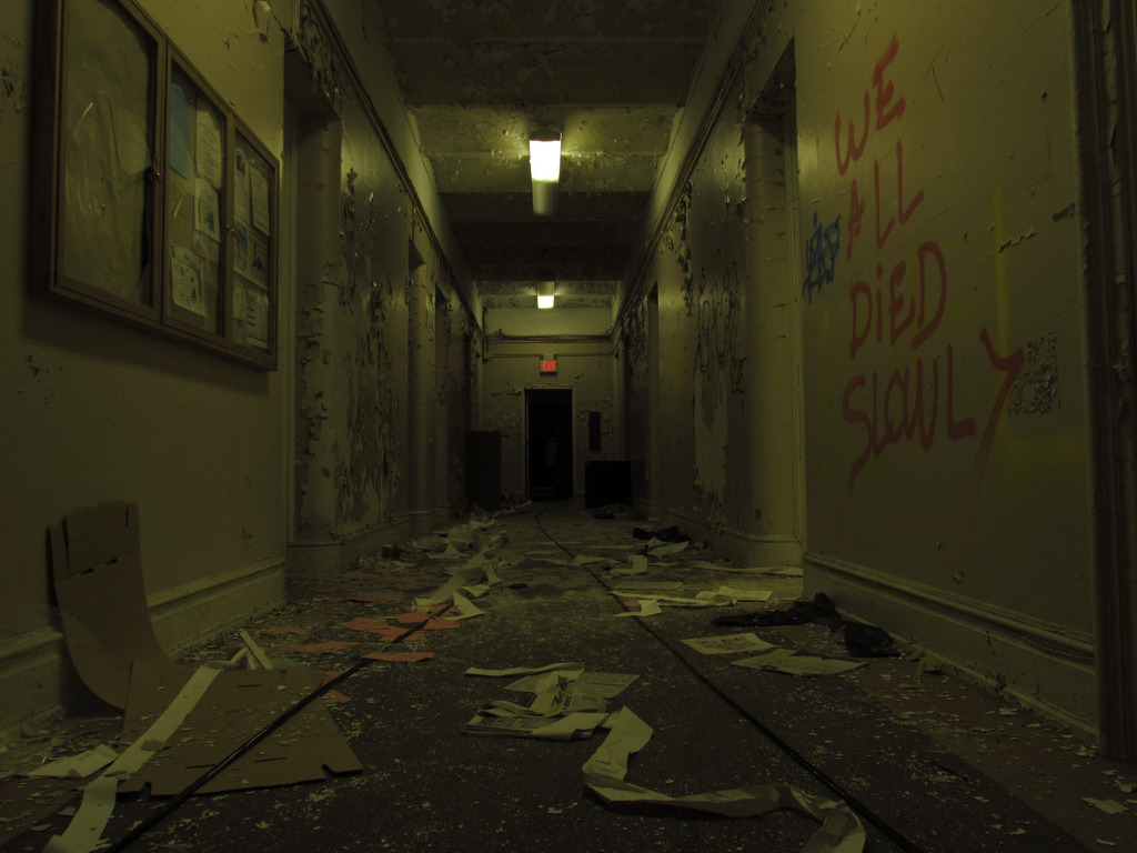 mike-arencibia:   Abandoned insane asylum in Greystone psychiatric park  good times :) All photos on my blog are taken by me Follow an artist