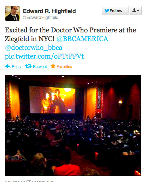 @EdwardHighfield: Excited for the Doctor Who Premiere at the Ziegfeld in NYC! @BBCAMERICA @doctorwho_bbca pic.twitter.com/oPTtPPVt