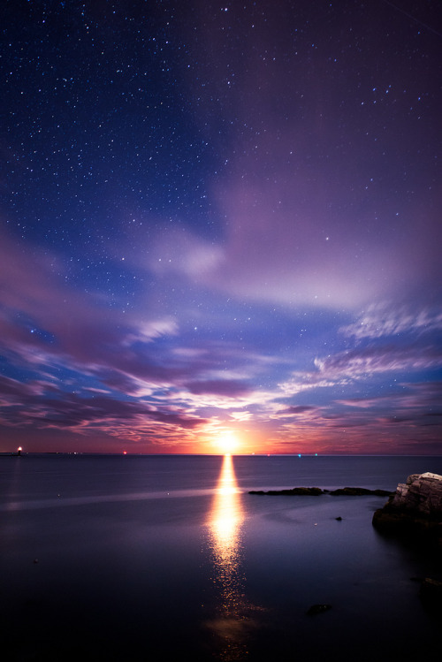 Moonrise, Cape Elizabeth, Maine, (by moe chen)