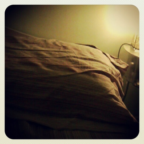 Comfiest place ever. #bed #goodnight #buonanotte  (Scattata con Instagram)