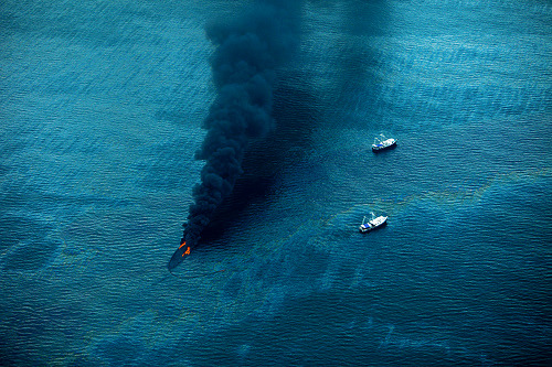 -horrocrux:  tedx-oil-spill-9624 (by kk+)
