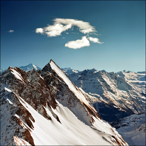 eurasias:  Alpine peaks by Katarina on Flickr