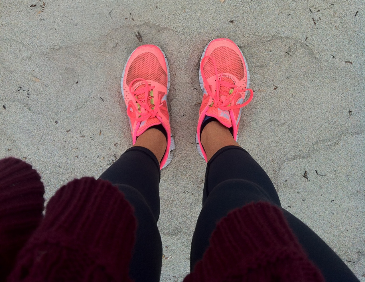 vegan-fit-life:  beach running