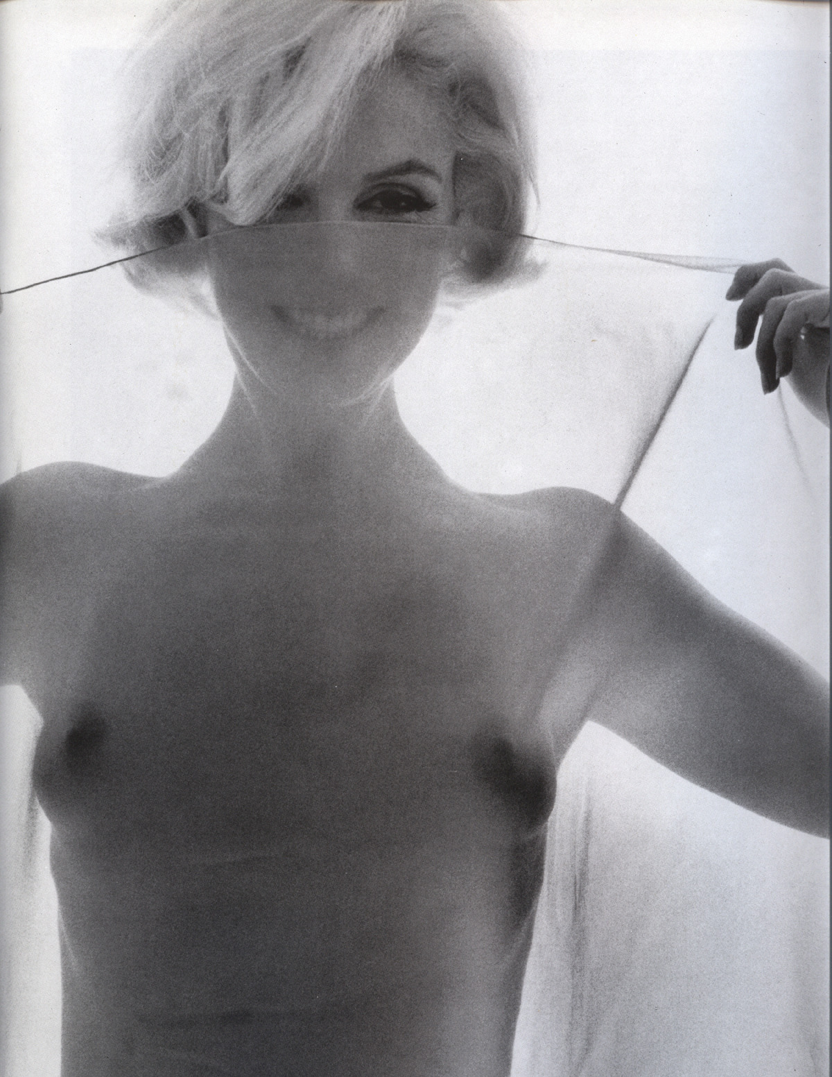 pussylequeer:  Marilyn Monroe photographed by Bert Stern in 1962