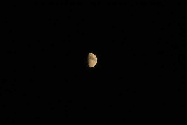 first decent moon pic on Flickr.