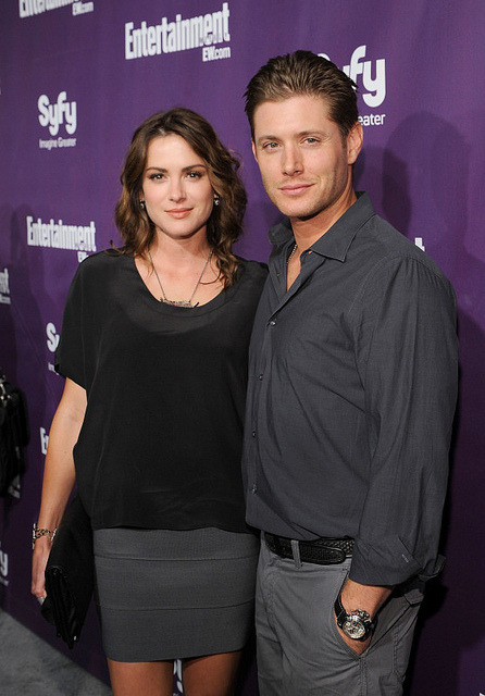 98/100 Pictures of Danneel Ackles