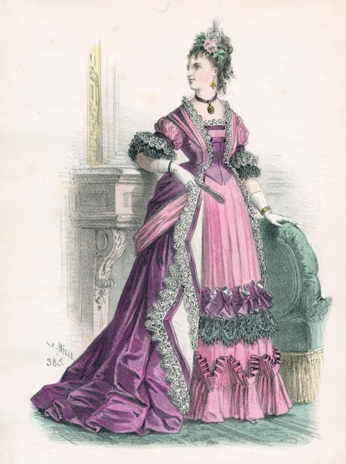 September reception or dinner dress, 1873 France, L'Élégance Parisienne