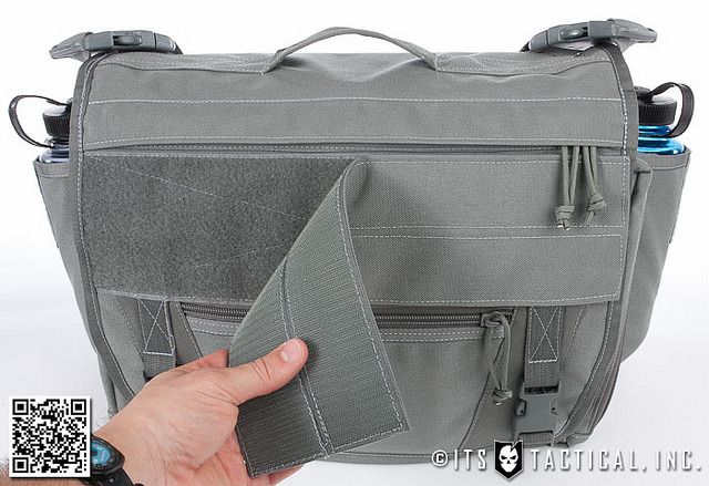 Found @ ITS Tactical Why does seemingly the perfect messenger bag have to cost $350 :( There are seriously some impressive design points on this thing.