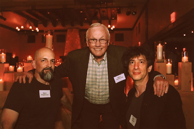 awesomepeoplehangingouttogether:  Neal Stephenson, Neil Armstrong and Neil Gaiman