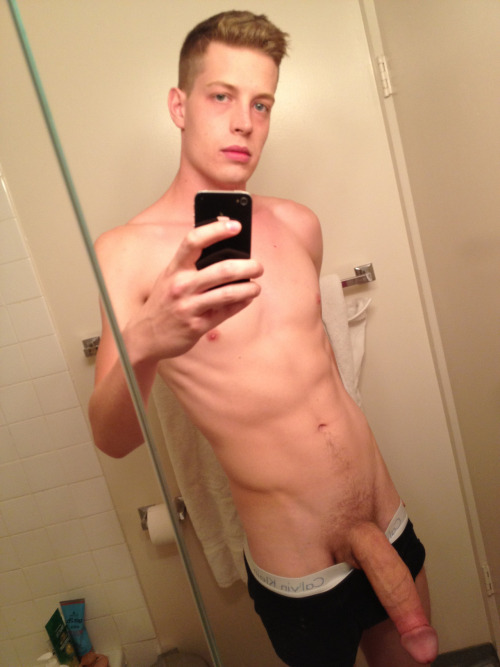 Another skinny white twink with a massive cock! Too bad the foreskin is pulled back!