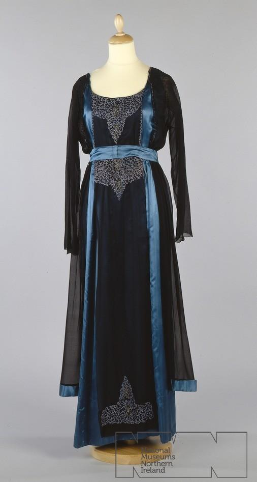 fripperiesandfobs:  Evening dress ca. 1915 From the Ulster Folk & Transport Museum