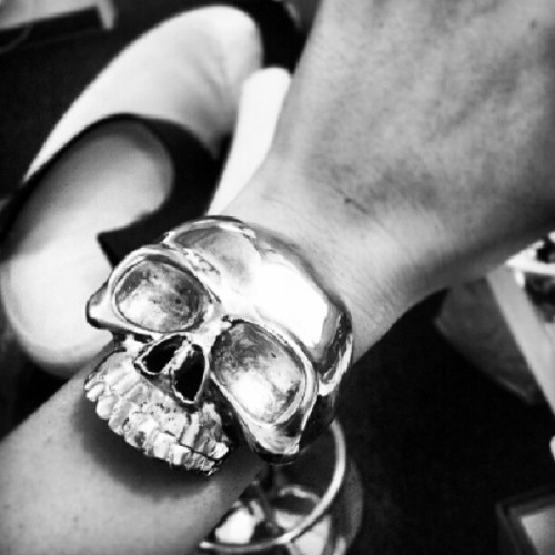 Really need this in my life #skull #bracelet #style #accessories (Taken with Instagram)