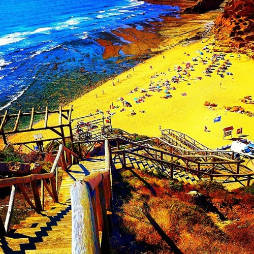 A lot of #stairs to get to the #beach !!!!! :). #sun #summer #colors #sand #hills #coast #sea #ocean #water #beautiful #instagram #statigram #webstagram #tagstagram #travelingram #travel #bestoftheday #bestpicoftheday #phototheday #picoftheday #instagramhub #fromwhere #places #ig #igers #ignation #instagrammers #iphonephotos  (Taken with Instagram)