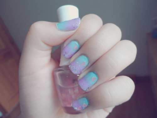 i-am-infinitely-nails:  Ombré nails