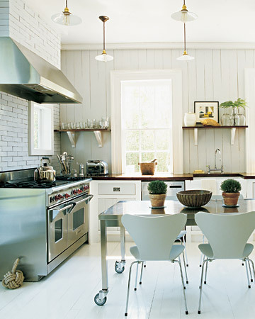 Martha does it again with 24 of her Favorite Kitchens.  There is not a photo in this gallery that doesn't just scream great design.   Look closely and you will find something that speaks to you.  Whether it is countertops, storage, flooring or shelving, there is something in here for everyone.