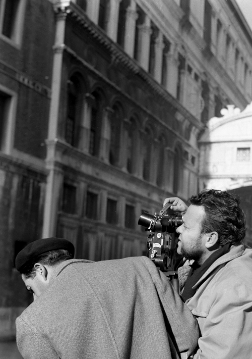 orsons:  Orson Welles, on the set of his 1952 interpretation of Othello, films next to the Ponte dei Sospiri in Venice, Italy.