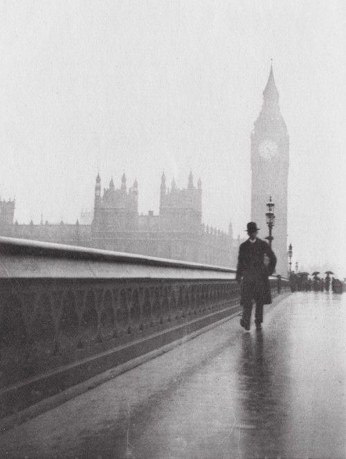 firsttimeuser:  Westminster Bridge, 1903 by Maximilian Toch    My favourite of the Thames bridges. For reasons. That have to do with sentimentality, mostly.