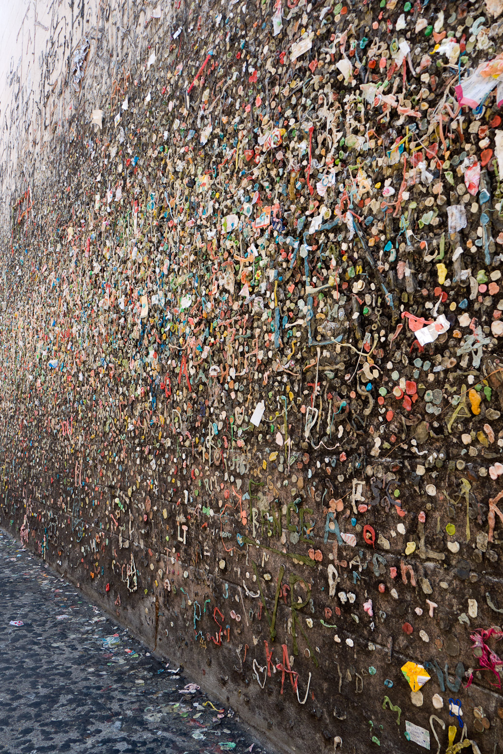 terrysdiary:  Bubblegum Alley in San Luis Obisbo.  Gosh darn Terry Richardson in my hometown and I didn't even know it.