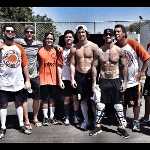 Sunday ball hockey w/ @mcally15 and the boys. #raf #riseabovefitness #instagood #me #motivation #inspiration #ironfistathletic #instagramfitness #detroitredwings #hockey  (Taken with Instagram)