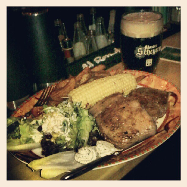 #Steak & #Beer! @Nuernberg_DE #Chili's (Taken with Instagram at Chili's)