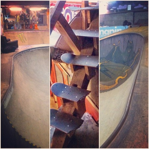 Somewhere in between #skatepark #skateboarding #indoor #pool #wood #stairs #skatelife #art #kufstein #tirol #tyrol #iphone4 #iphoneonly #goodtime #scenery #diptic  (Taken with Instagram)