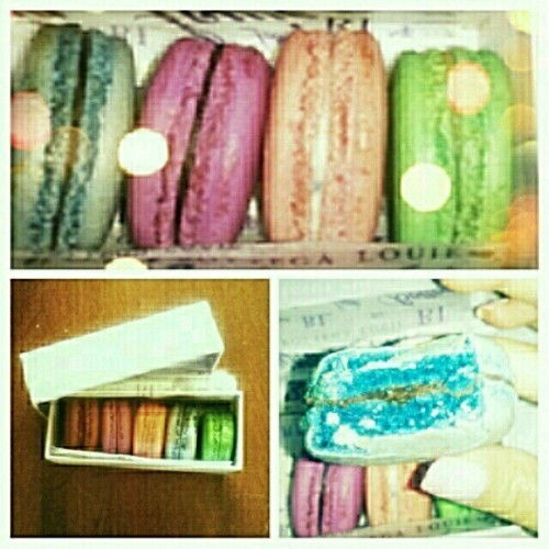My boyfriend is so sweet… almost as sweet as these #French #macaroons he got me #bottegalouie #LA #instafood (Taken with Instagram)