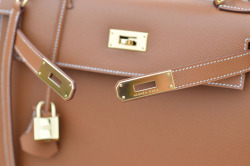 love love Hermes via mwan